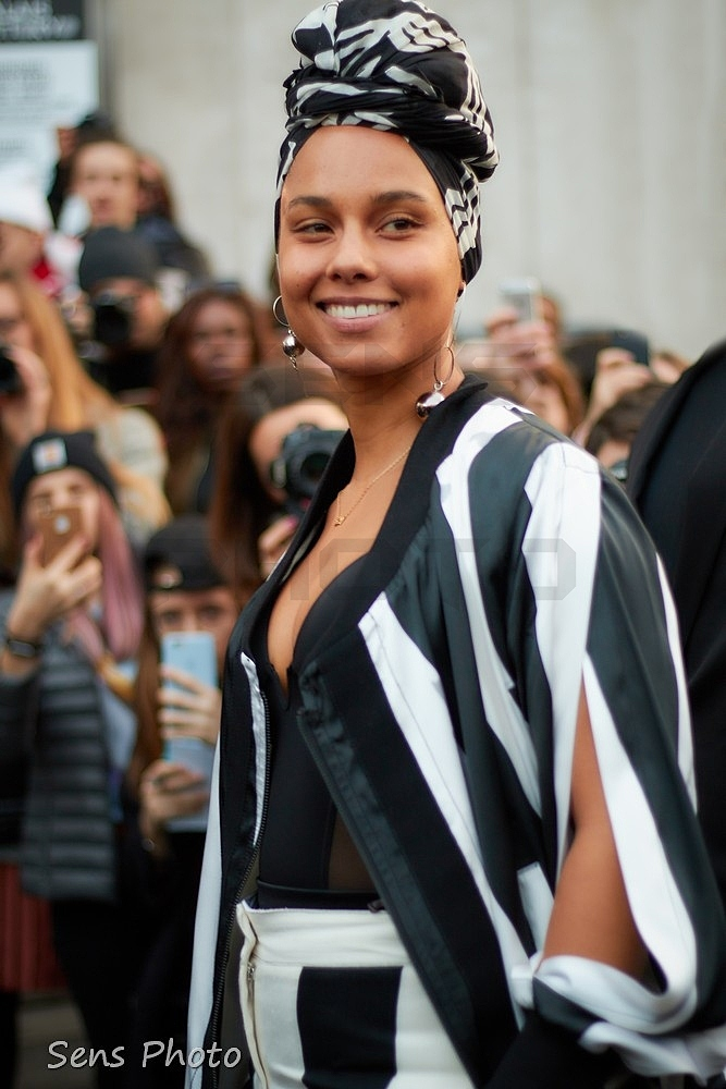 Alicia Keys à la Fashion Week à Paris