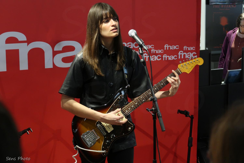 Clara Luciani en showcase